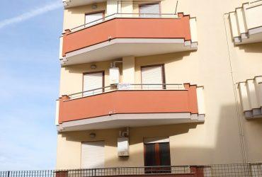 Appartamento di 3 vani + acc. #LF75