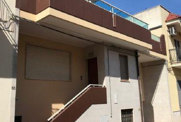 Casa indipendente in zona centrale #LA36