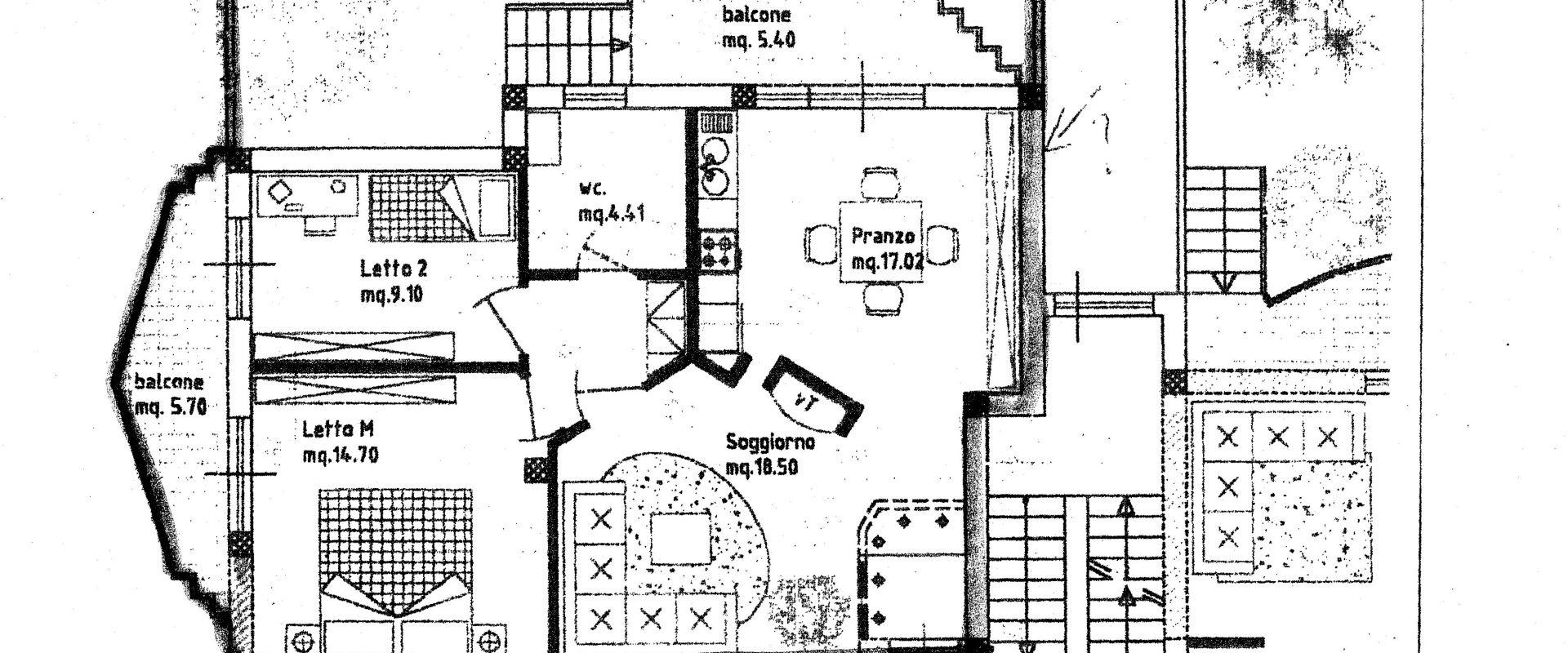 Appartamento a piano rialzato di 4 vani + acc.