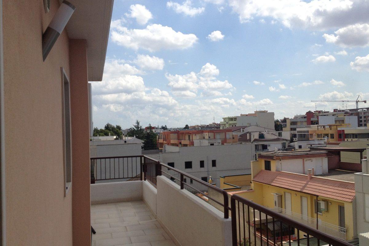 Appartamento al 3° piano di 3 vani + acc.