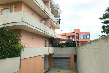 Appartamento al 1° piano di 3 vani + acc. #CT11