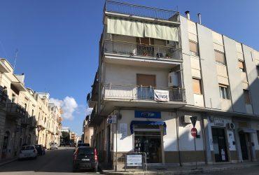 Appartamento centrale di 3 vani + acc. #EL14