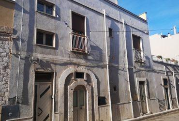 Casa indipendente su 2 livelli #ZG103