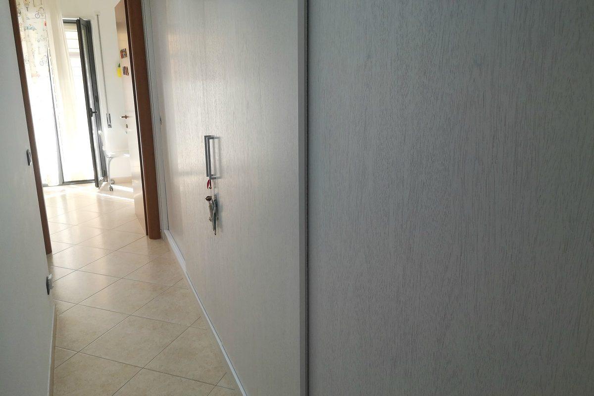 Appartamento a piano rialzato di 3 vani + acc.