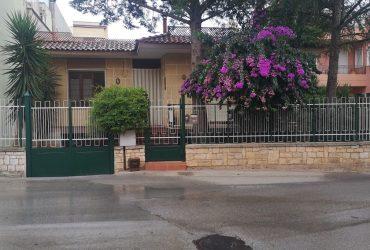 Villa centrale di 3 vani + acc. #GZ89