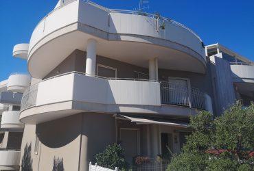 Appartamento di 4 vani + doppi acc. #AN84